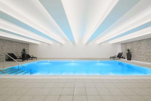 Ein zusätzliches Schwimmbecken sorgt für die maximale Entspannung beim Trainingslager am Deister