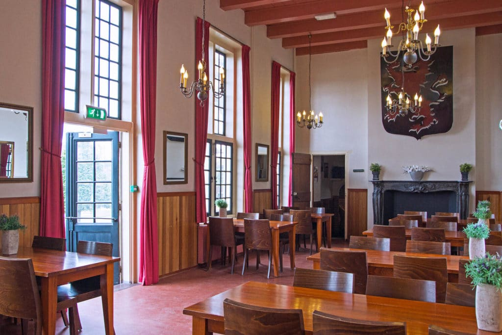Übernachten und Essen im historischen Schloss in der Nähe von Amsterdam