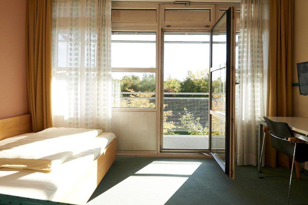 Zimmer mit Ausblick des Trainingslager Oberbayern