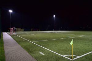 Kunstrasenplatz während des Fussball Trainingslager Ostseestrand Rostock