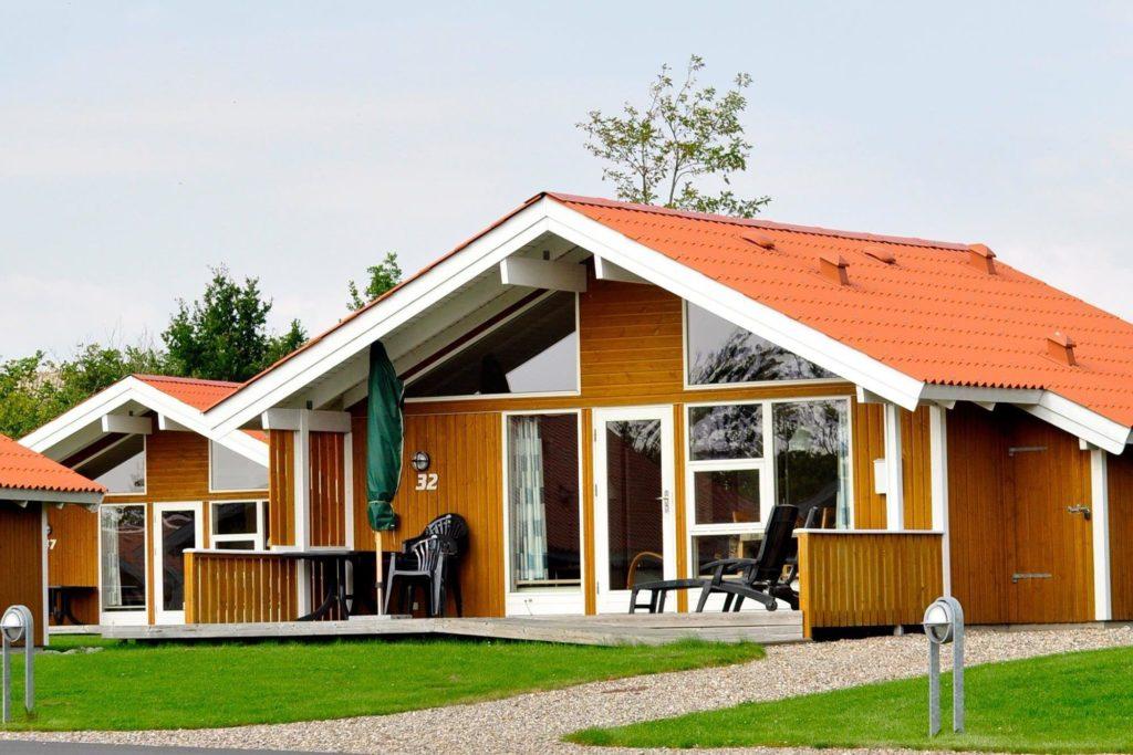 Moderne Ferienhäuser zur Übernachtung für die gesamte Mannschaft beim Trainingslager Skærbækcentret