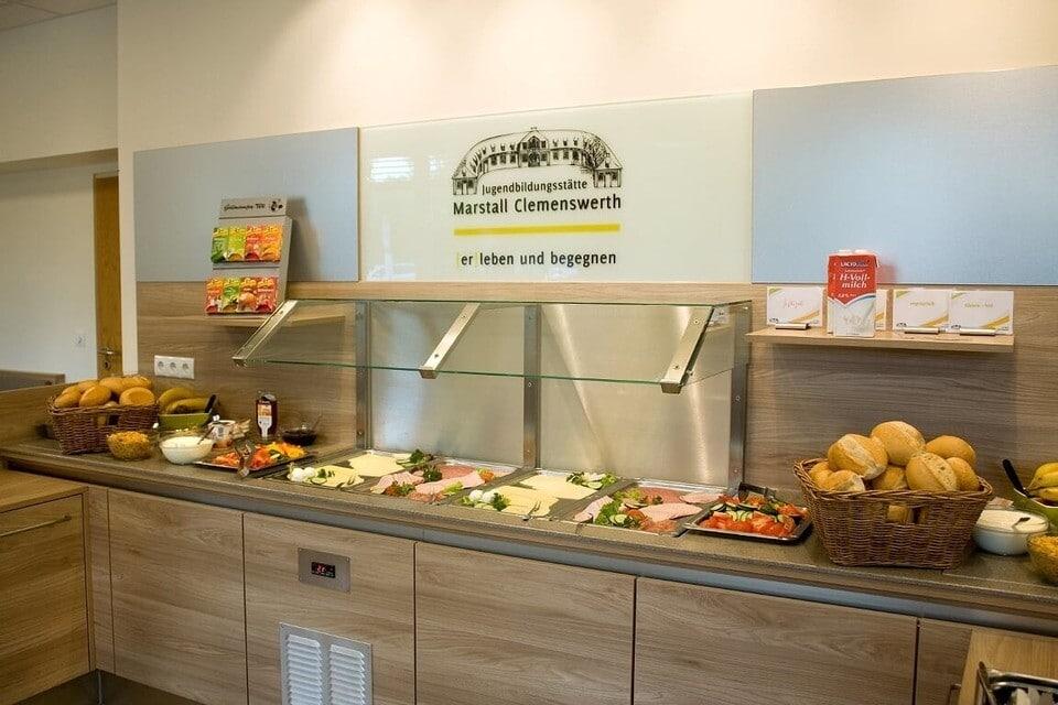 Buffet der Sportschule Emsland mit sportlergerechter Ernährung