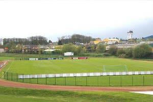 Rasenspielfeld Trainingslager Sportschule Suedeifel