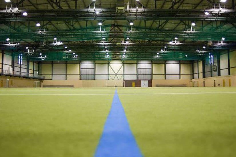 Kunstrasenhalle im Fussball Trainingslager Leipzig