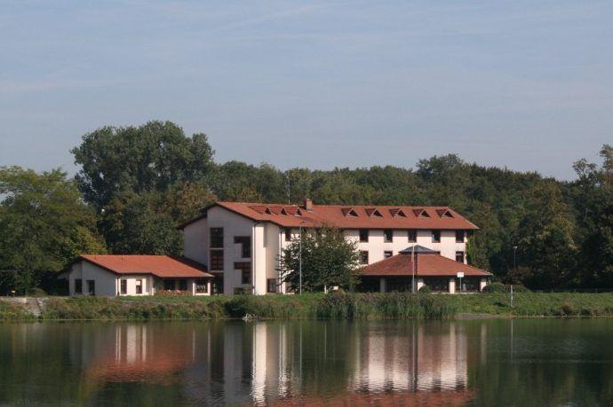 Unterkunft beim Fussball Trainingslager am Rheinufer