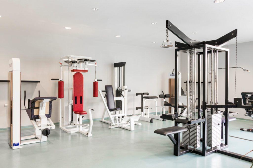 Neuer Fitnessraum des Sporthotel Harz während Trainingslager Fussball
