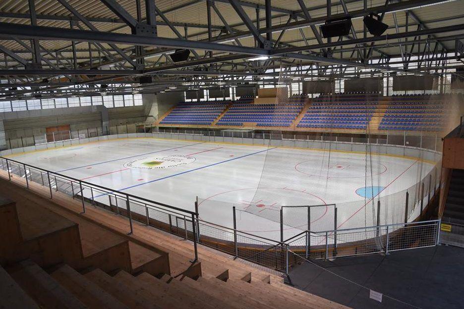 Eishalle des Fussball Trainingslager Sportcampus Emmental