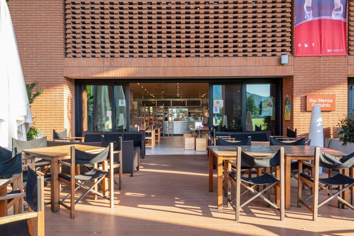Bar für entspannte Abendsstunden im Fussball Trainingslager Lago Maggiore