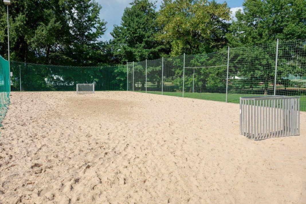 Beachsoccer-Platz beim Fussball Trainingslager Lago Maggiore