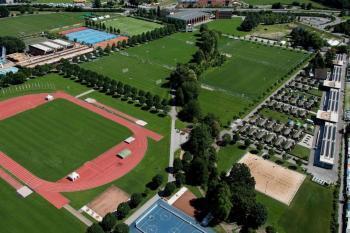 Luftaufnahme des Trainingsgeländes beim Fussball Trainingslager Lago Maggiore