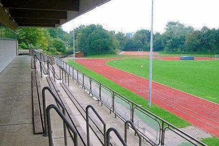 Ausgezeichneter Rasenplatz beim Fussball Trainingslager Ploen