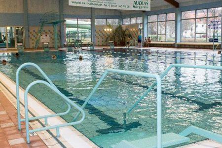 trainingslager_sporthotel_harz_schwimmhalle